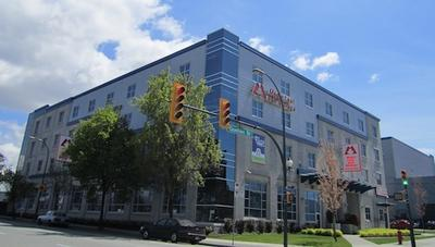 Picture of Maple Leaf Self Storage - Quebec Street